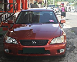 1999 Lexus IS200