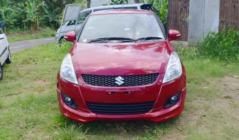 2012 Suzuki Swift full